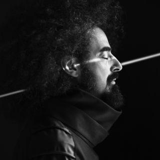 Caparezza - Larsen (Radio Date: 21-05-2018)