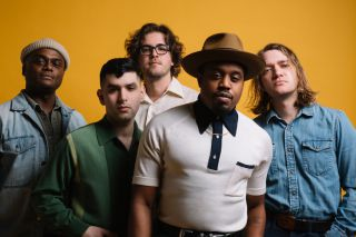 Durand Jones & The Indications - Love Will Work It Out (feat. Aaron Frazer) (Radio Date: 09-06-2021)
