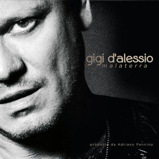 Gigi D'alessio - 'A città 'e pulecenella (feat. Dear Jack) (Radio Date: 27-11-2015)