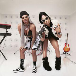 Jesy Nelson, Nicki Minaj - Boyz (Radio Date: 15-10-2021)