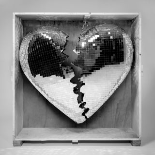 don't leave me lonely Mark Ronson feat. YEBBA