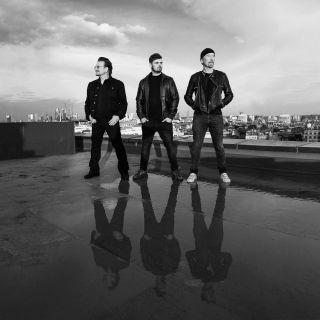 Martin Garrix - We Are The People (feat. Bono & The Edge) (Radio Date: 14-05-2021)